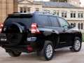 2016 Toyota Land Cruiser Prado Price10