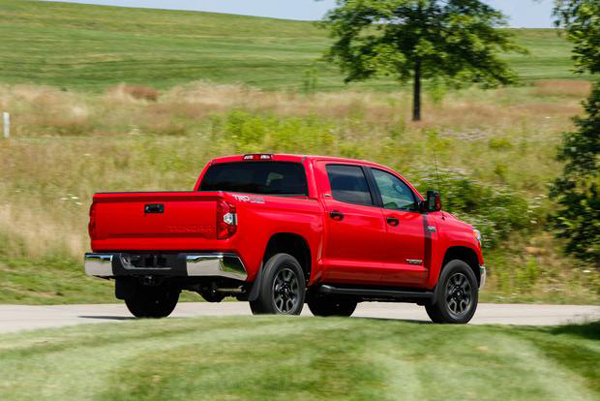 2016 toyota tundra price interior exterior engine. Black Bedroom Furniture Sets. Home Design Ideas