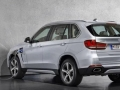 2017 BMW X5 xDrive40e Review5