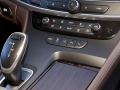 2017 Buick LaCrosse Interior and Exterior6
