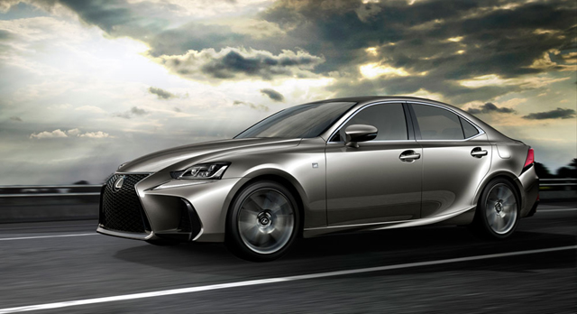 2017 Lexus IS4