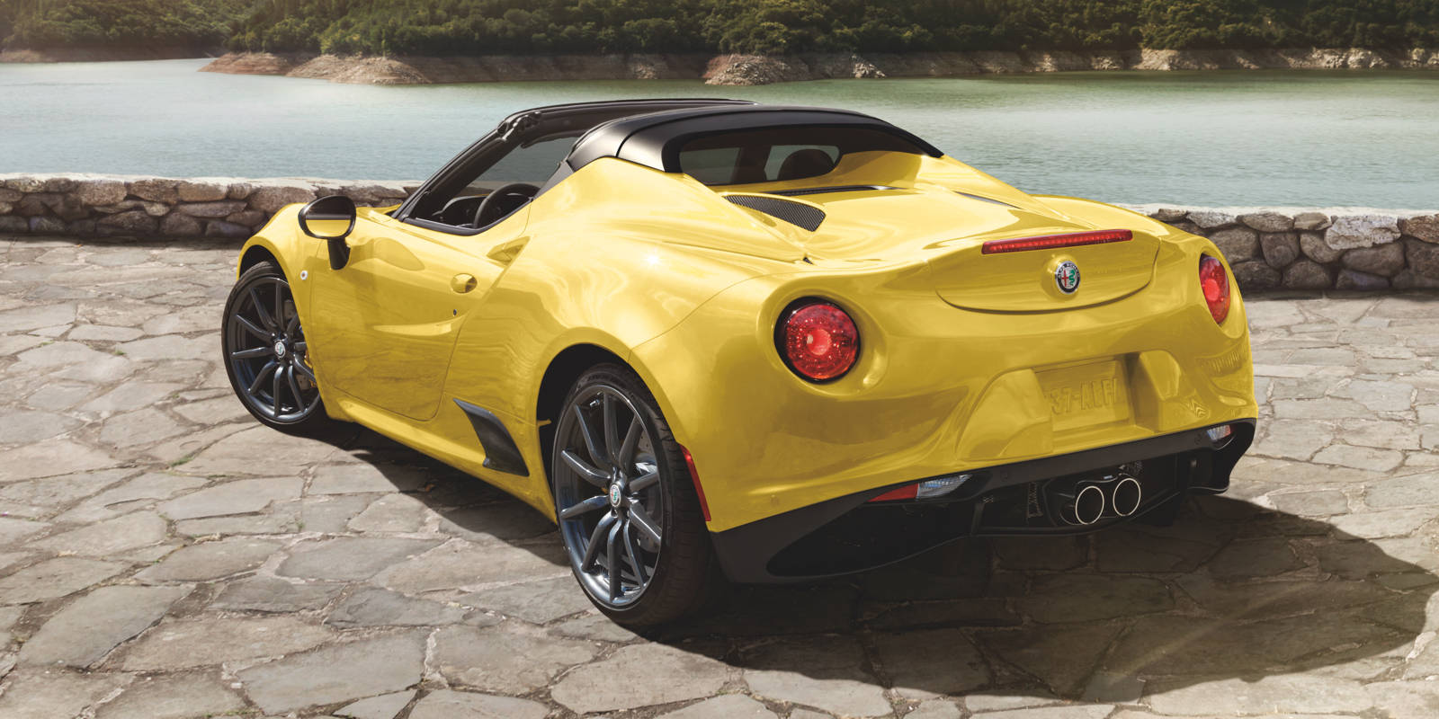 2018 alfa romeo spider specs release date price engine. Black Bedroom Furniture Sets. Home Design Ideas