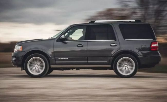 2019 Ford Expedition4