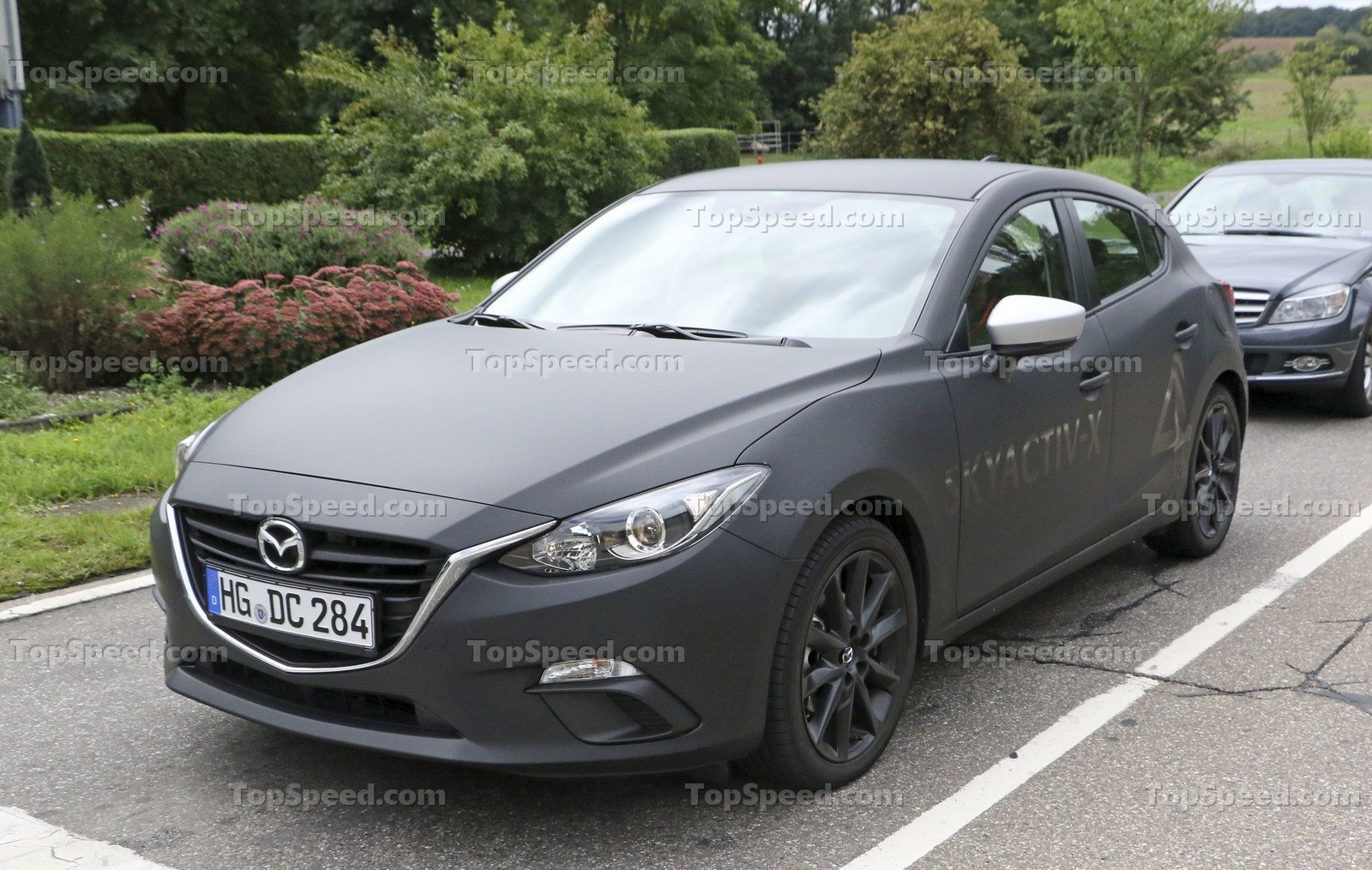 Hyundai Ix Release Date additionally Hyundai Veloster as well Hyundai Sonata Facelift together with Hyundai Elantra Sport Touchscreen likewise Hyundai Sonata Interior Dashboard. on 2017 hyundai veloster release date