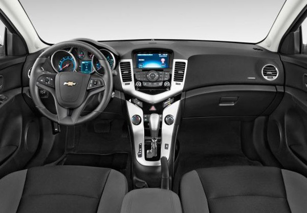 2016 Chevrolet Cruze Price and Review5 600x416