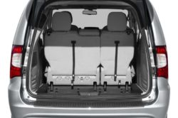 2016 Chrysler Town Country3 250x166