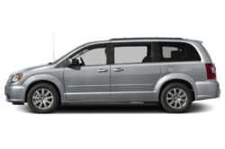 2016 Chrysler Town Country4 250x166