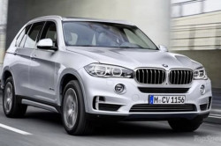 2017 BMW X5 xDrive40e Review1 250x166