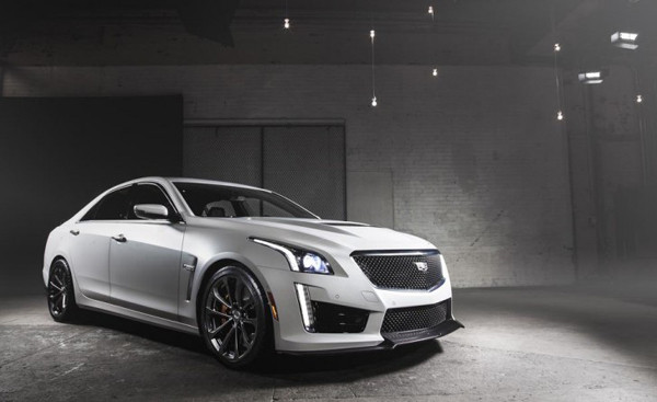 2017 Cadillac CTS-V Engine2