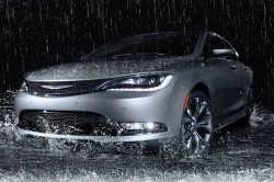 2017 Chrysler 200 Review5 250x166