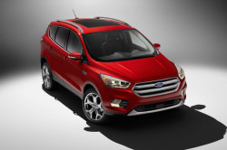 2017 Ford Escape Review5 250x166
