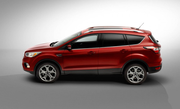 2017 Ford Escape Review7 600x366