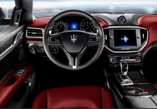 2017 Maserati Ghibli Review5 600x420