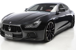 2017 Maserati Ghibli Review7 250x166