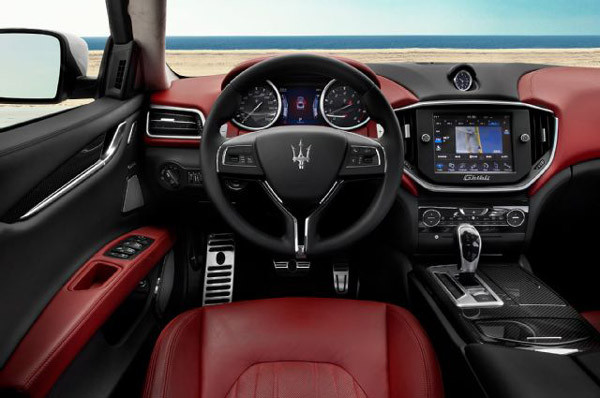 2017 Maserati Ghibli Review9 600x398