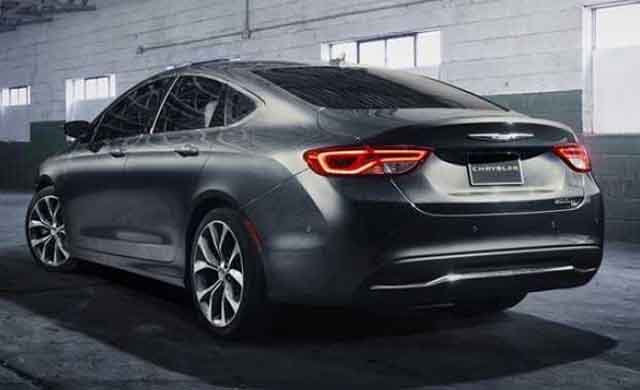 2018 Chrysler 100a