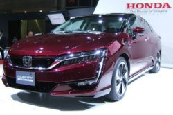 2018 Honda Clarity Electric 250x166