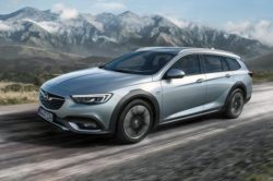 2018 Opel Insignia Country Tourer 250x166
