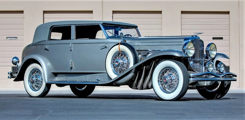Duesenberg Straight Eight