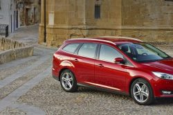 Ford Focus Hatchback The Best Family Car 4 250x166