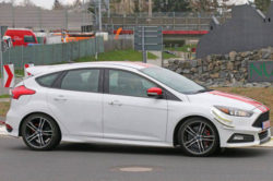 2017 Ford Focus ST280 250x166