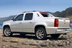 2018 Chevy Avalanche 2 250x166