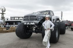 Lifted Dodge Ram Review 250x166