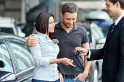 car buyer couple 820x394 1 250x166